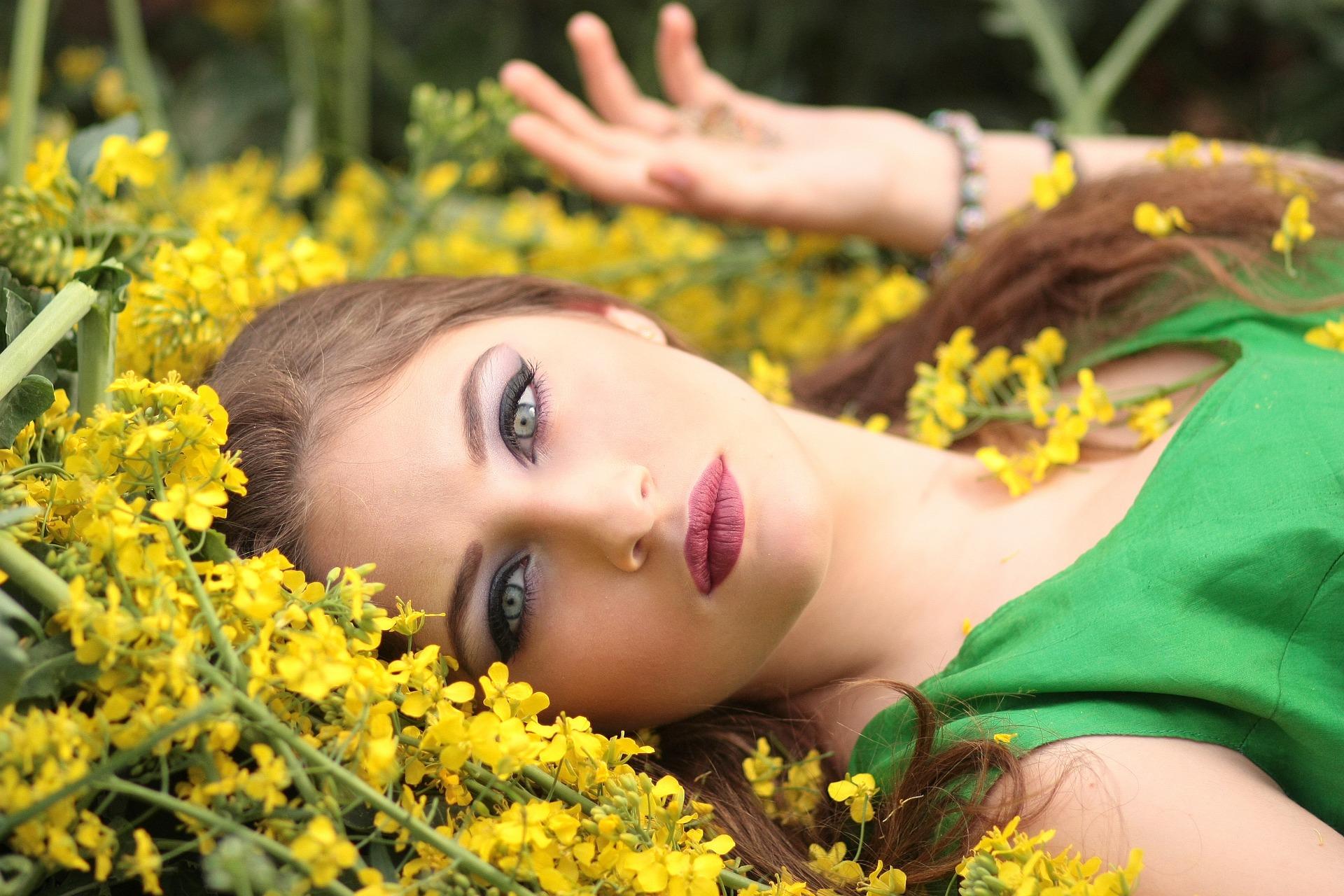 cantik alami