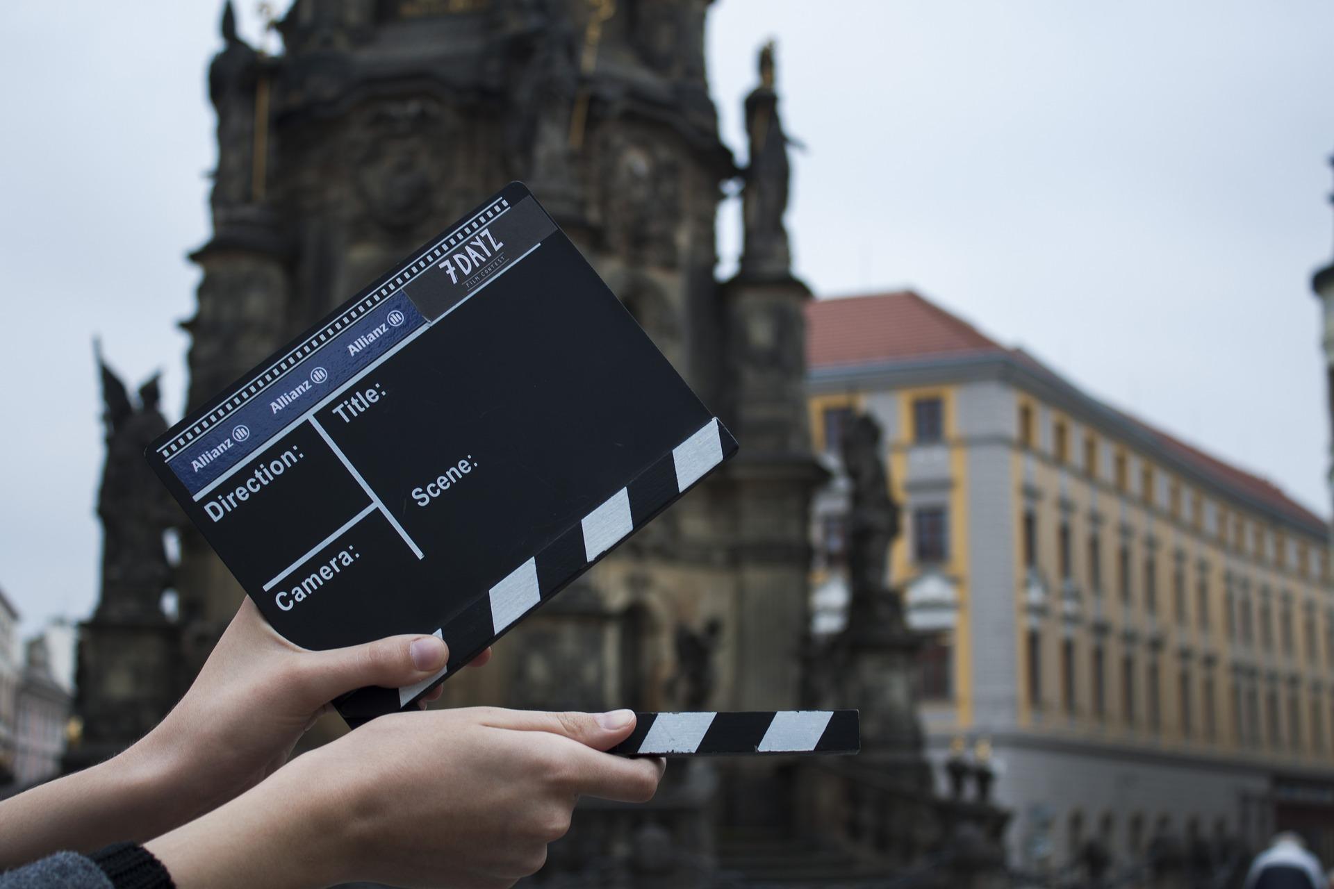 cara memilih film