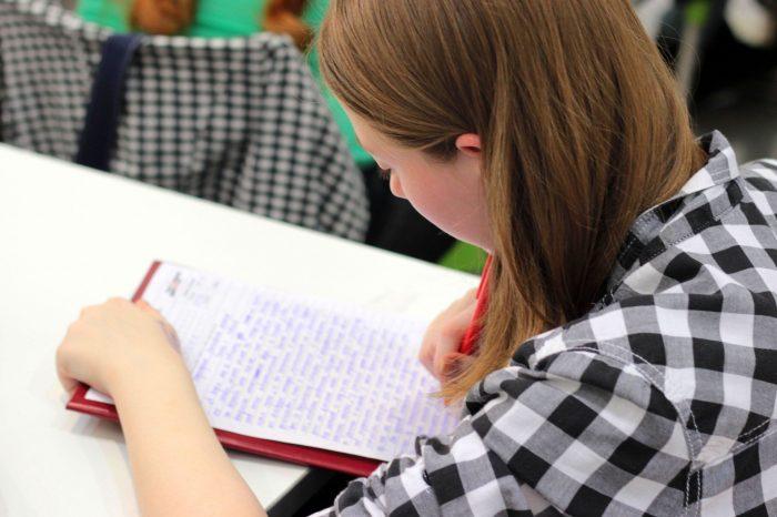 Cara Menangani Anak Yang Malas Belajar Di Rumah