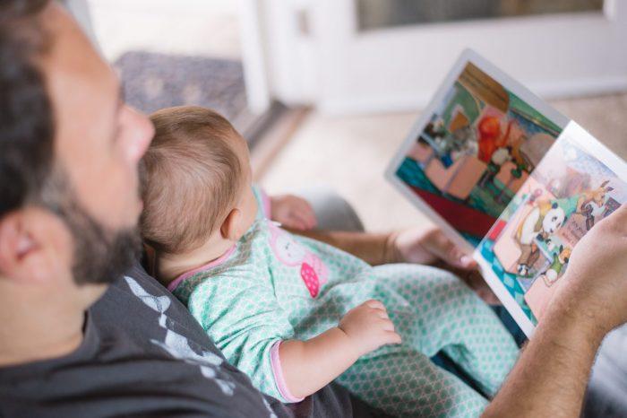 Cara Membuat Anak Mau Berbicara Yang Sebaiknya Orang Tua Lakukan