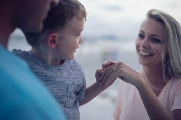 6 Tips Membangkitkan Kepercayaan Diri Anak