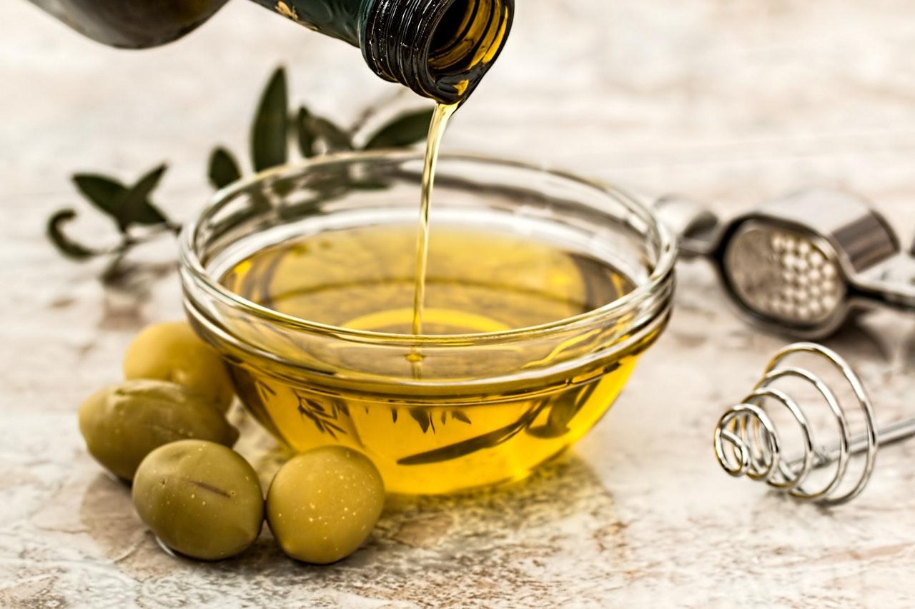 minyak esensial untuk kulit
